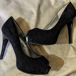 Guess Black Lace Covered Peep Toe Platform Heels 9